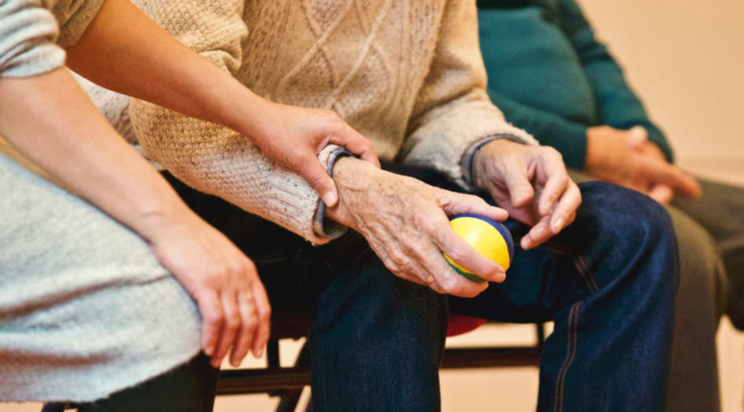 Healthcare 101: How To Become A Home Health Care Aide